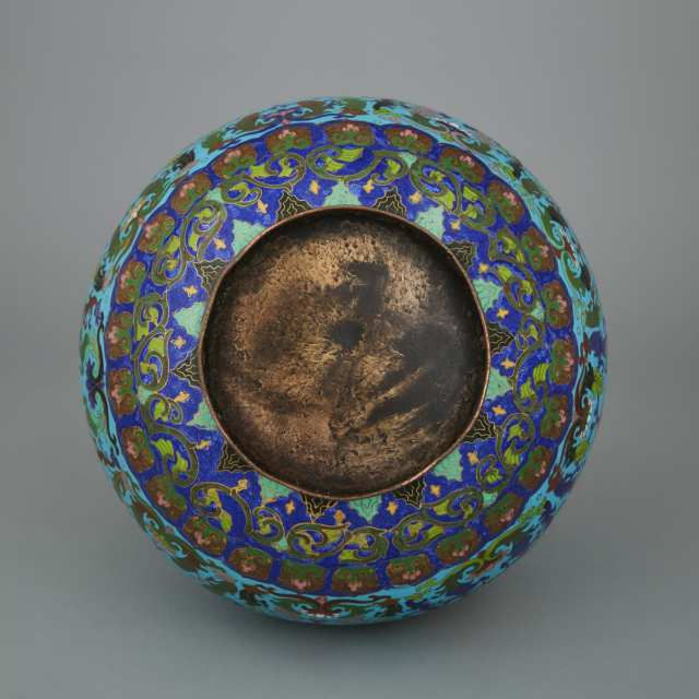 An Unusual Chinese Export Cloisonné Vase with Inlaid English Prattware Pot Lid Roundels, 19th Century