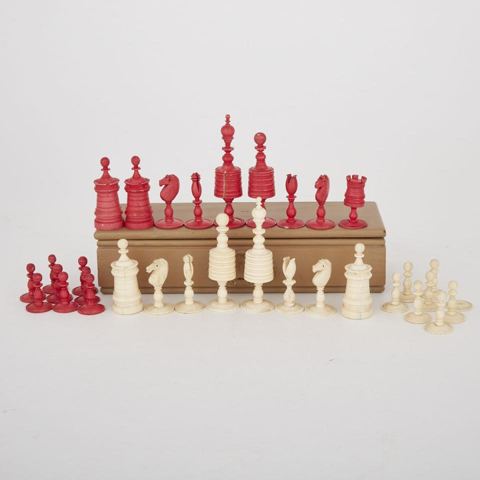 Victorian Turned and Polished Bone 'Barleycorn' Chess Set, mid 19th century