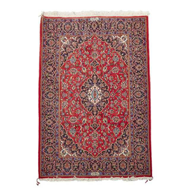 Wool and Silk Kashan Rug, Persian, middle 20th century