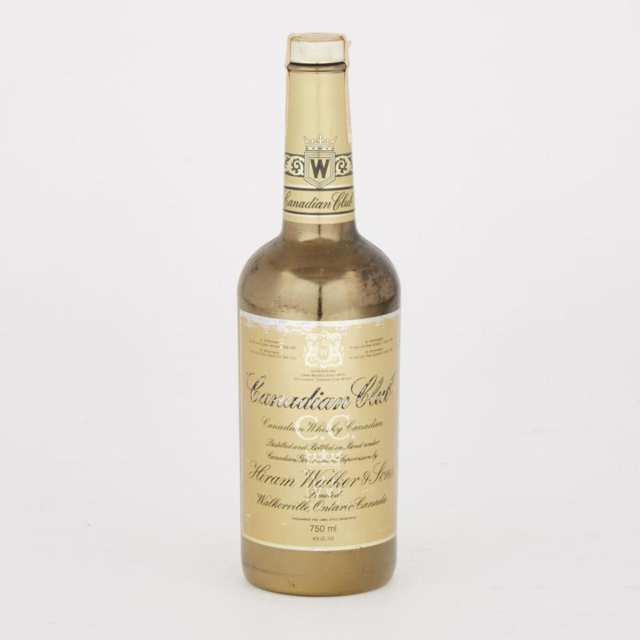 CANADIAN CLUB WHISKY  (1 750ML)