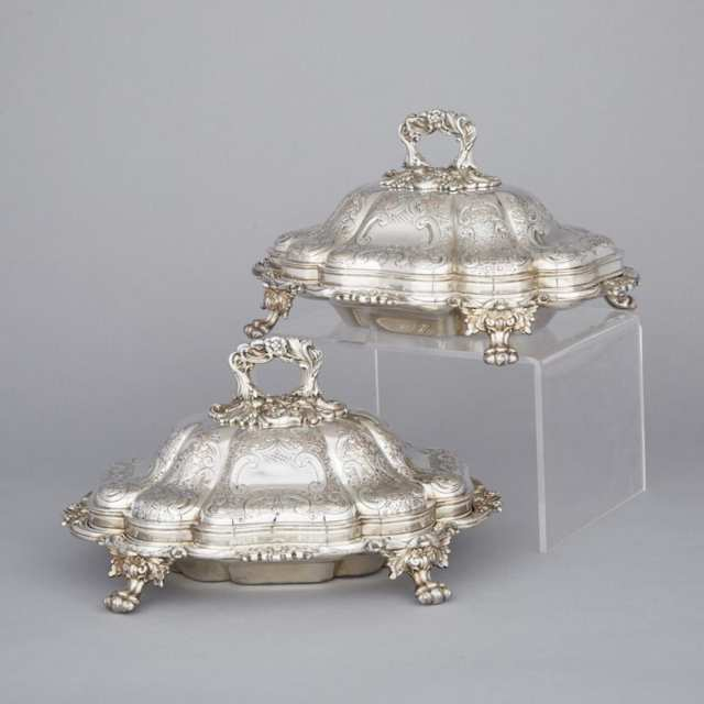 Pair of Victorian Silver Plated Shaped Oval Covered Entrée Dishes, late 19th century