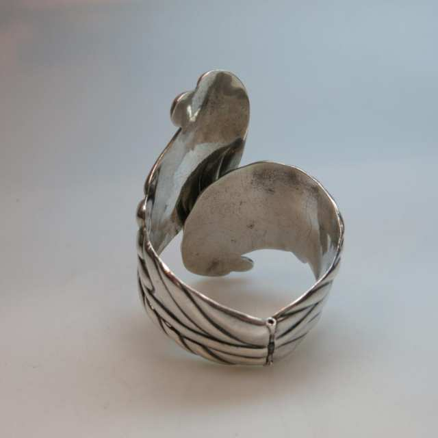 Mexican Sterling Silver Spring Hinged Bangle