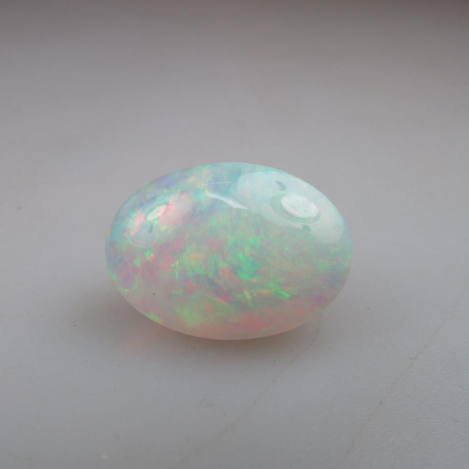 Oval opal cabochon (12.76ct.)