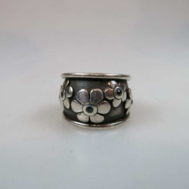 Switch Sterling Silver Ring