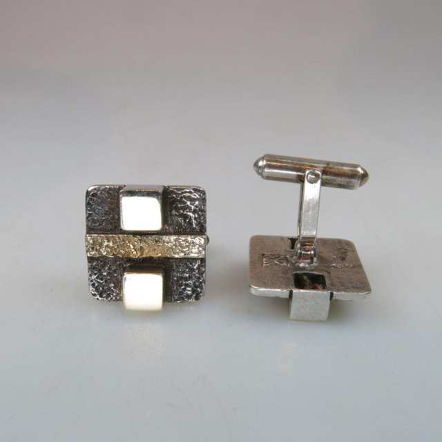 Pair Of Sterling Silver And 18k Gold Cufflinks