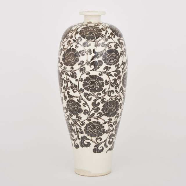 A Cizhou Meiping Vase, 19th Century