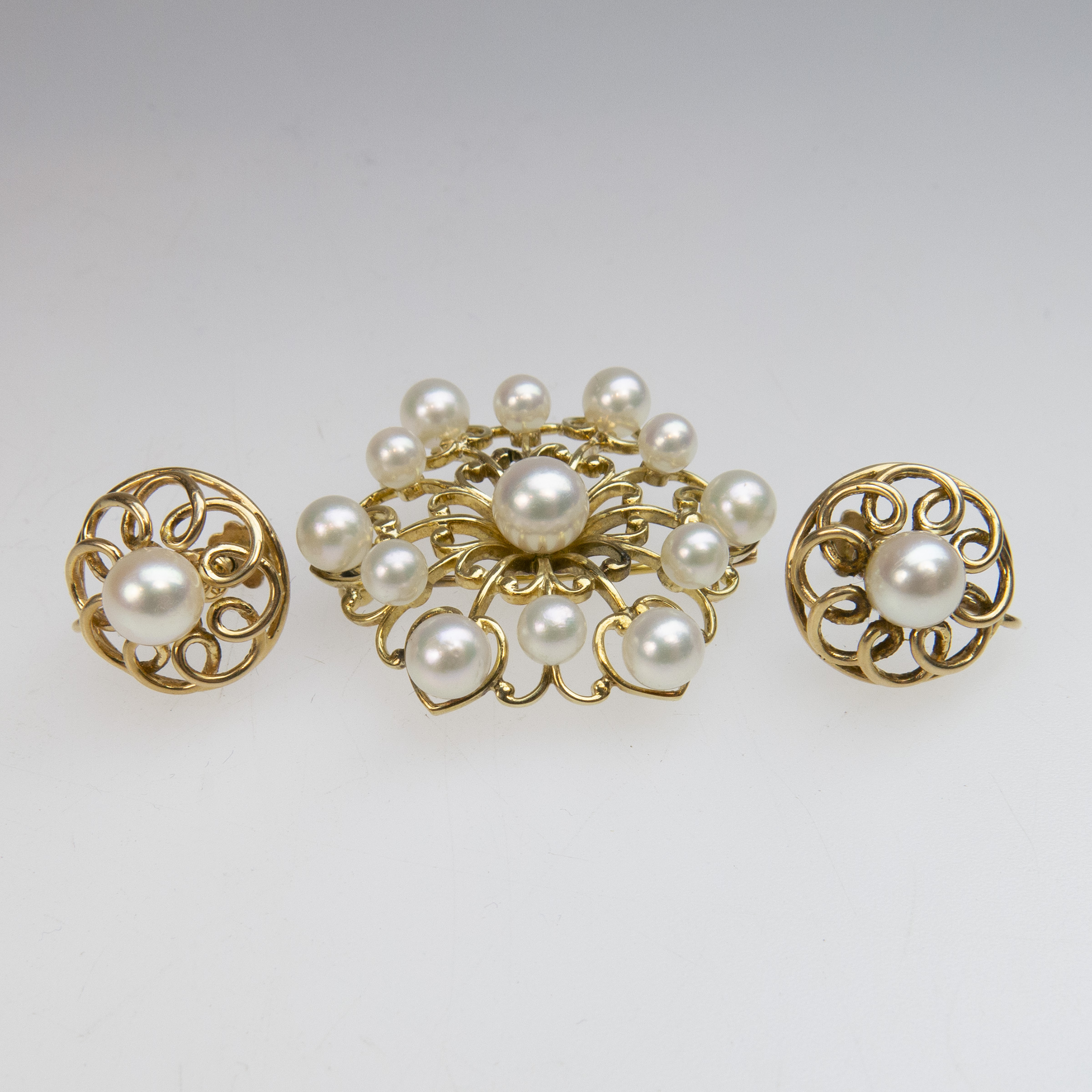 Birks 14k Yellow Gold Brooch And Screw-Back Earrings
