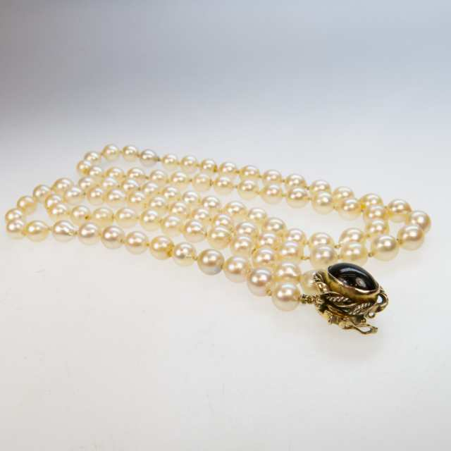 Single Strand Cultured Baroque Pearl Necklace